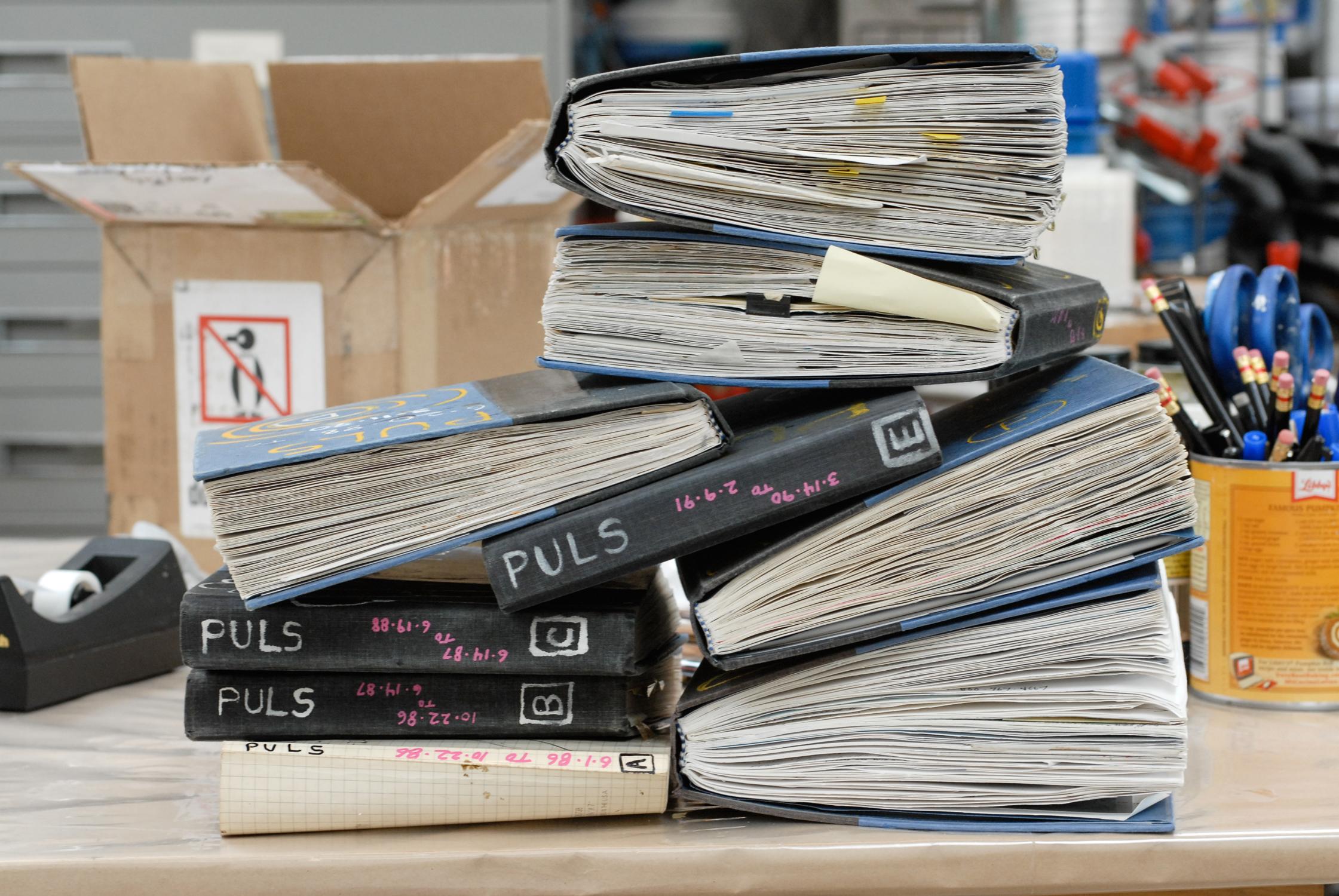 11_Studio_Book_pile_1
